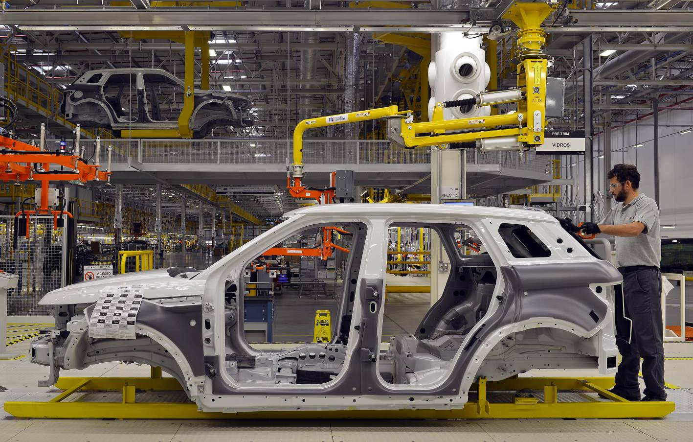 Jaguar Land Rover Opens First Factory Outside Uk In