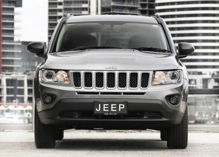 2017 jeep compass patriot replacement to be made in mexico performancedrive. Black Bedroom Furniture Sets. Home Design Ideas