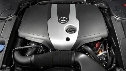 Mercedes-Benz plans new straight-six hybrid engine family