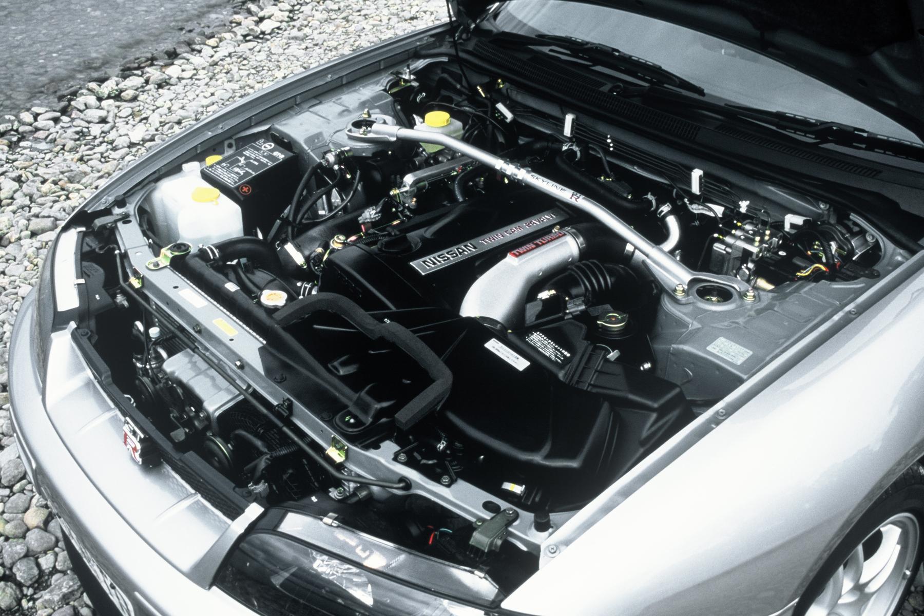 Nissan-GT-R-R33-engine Astounding Vauxhall Lotus Carlton 3.6 Twin Turbo for Sale Cars Trend