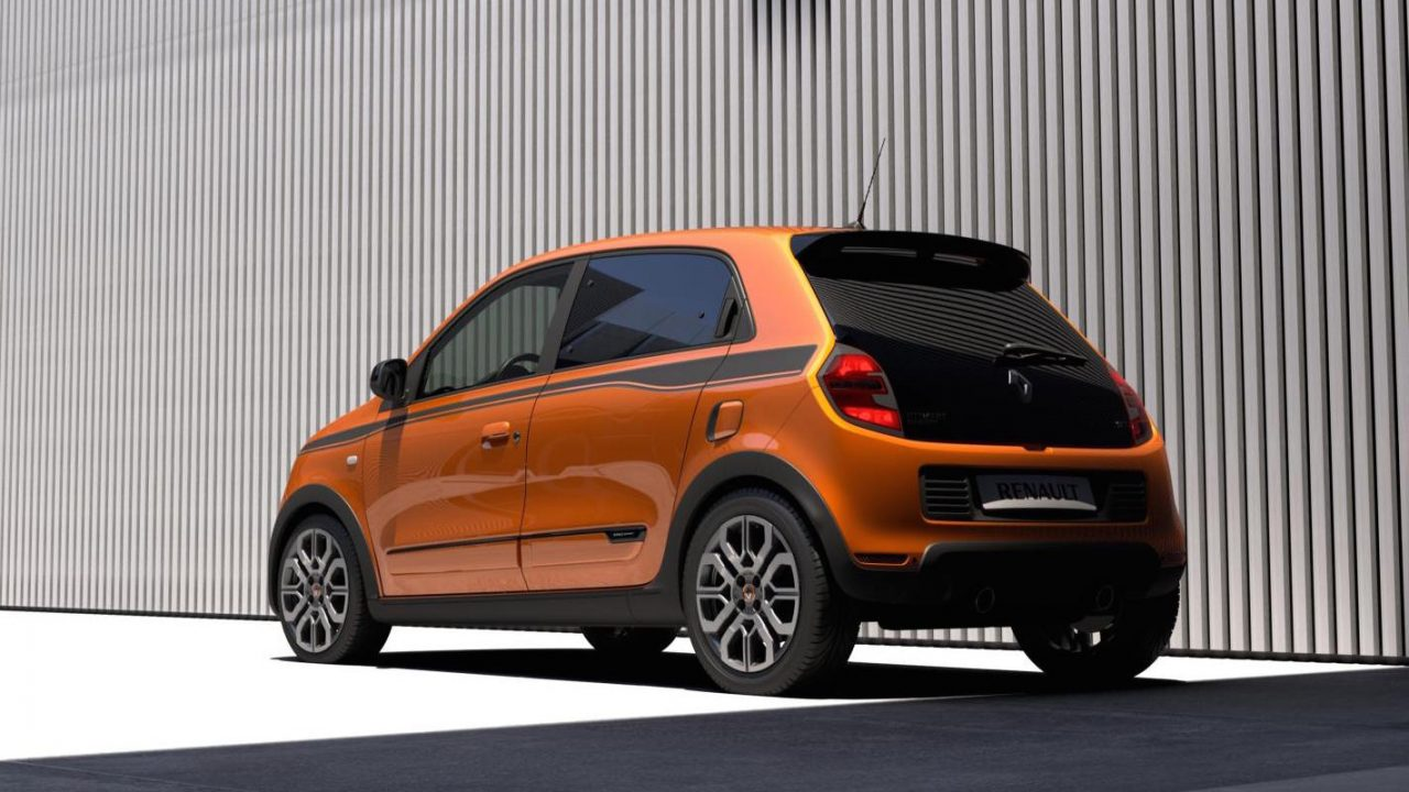 renault twingo gt revealed new rwd super mini by r s performancedrive. Black Bedroom Furniture Sets. Home Design Ideas