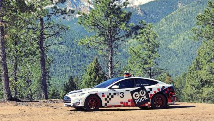 Tesla Models breaks EV record at 2016 Pikes Peak