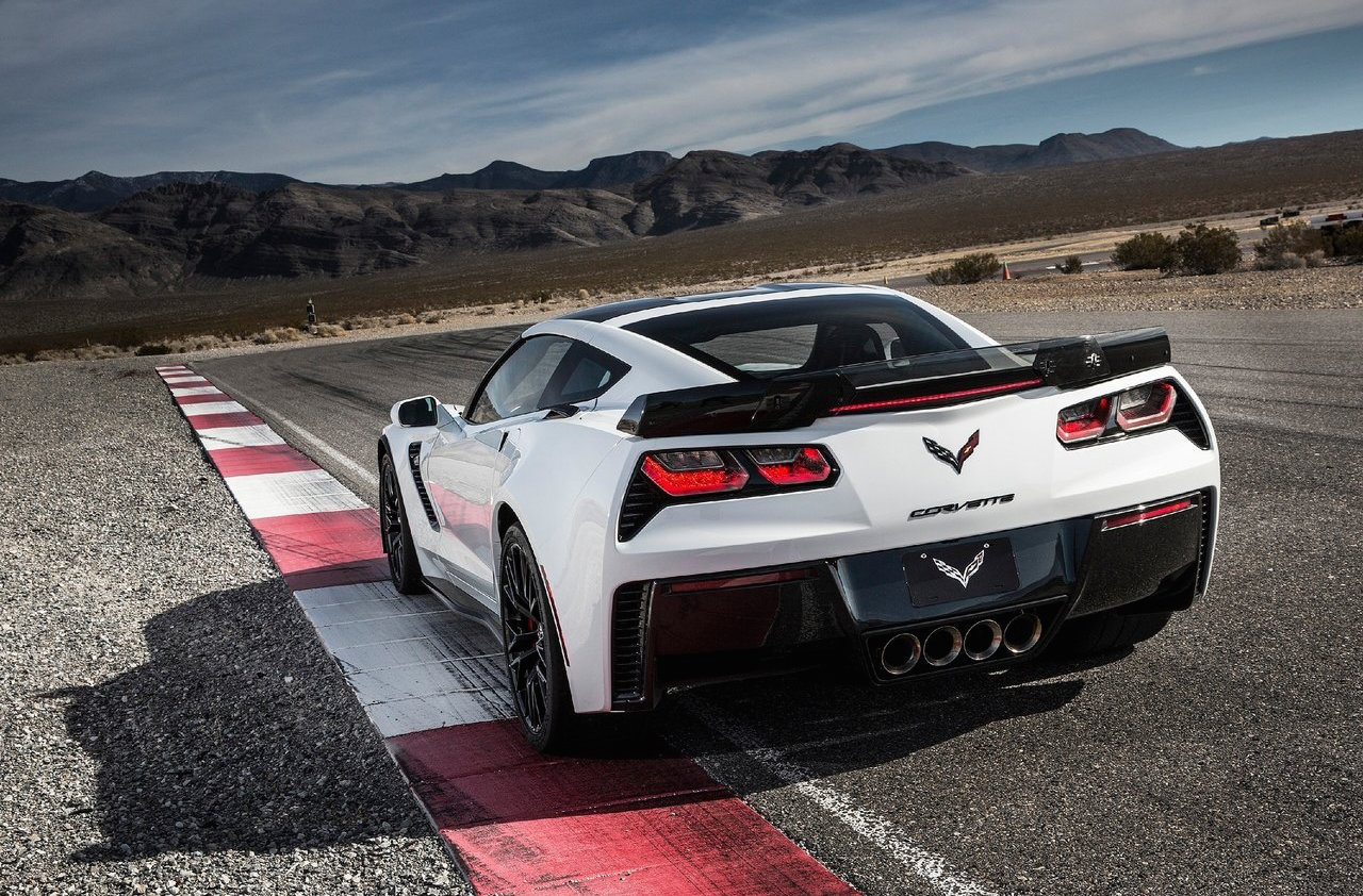 Nissan Milford 2018 Chevrolet Corvette C8 could be mid-engined, offered ...