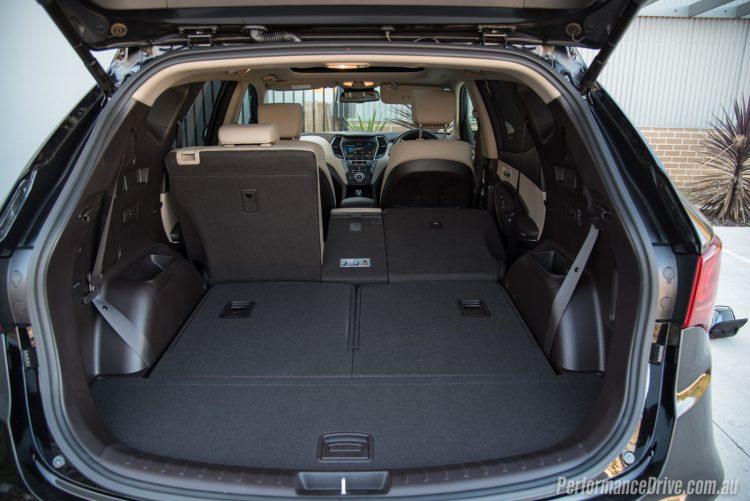 2016 Hyundai Santa Fe SR-cargo space