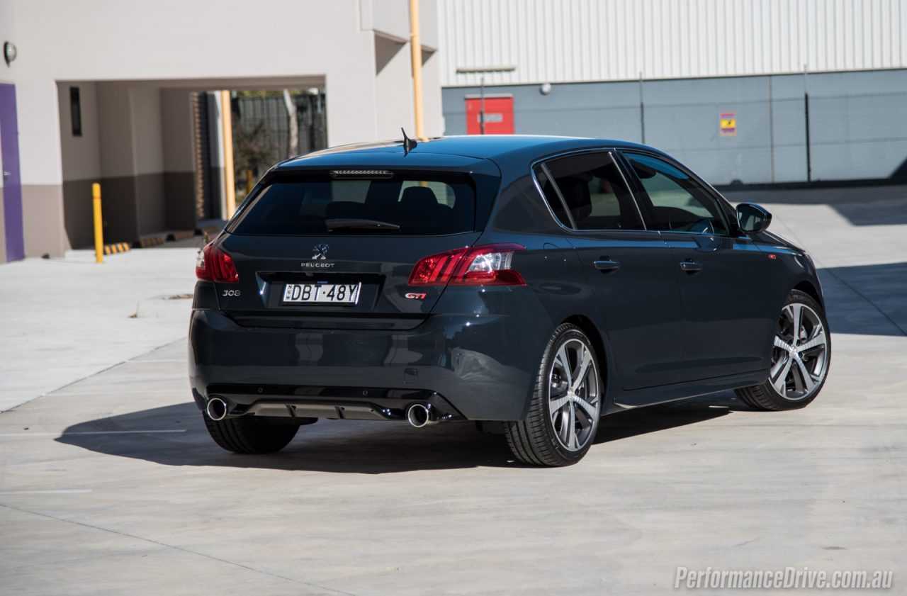 2016 peugeot 308 gti 250 review video performancedrive. Black Bedroom Furniture Sets. Home Design Ideas