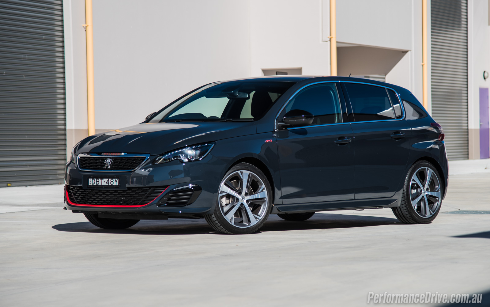 2016 Peugeot 308 GTi 250 review (video) | PerformanceDrive