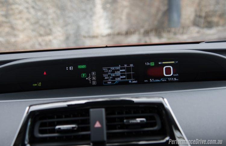 2016 Toyota Prius-instrument