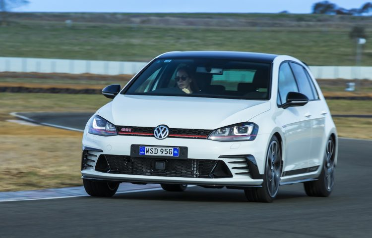 2016 Volkswagen Golf GTI 40 years-front