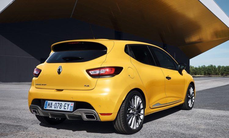 2017 Renault Clio R.S. rear