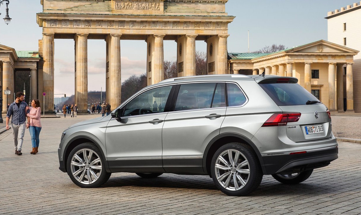 2017 volkswagen tiguan on sale in australia from 31 990 performancedrive. Black Bedroom Furniture Sets. Home Design Ideas