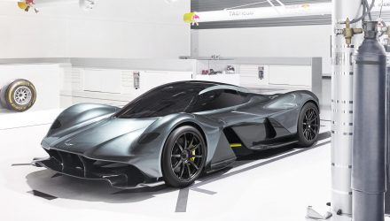 Aston Martin AM-RB 001 hypercar revealed; 1hp:1kg