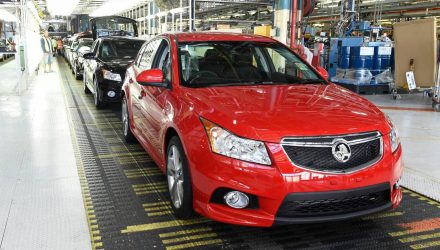 Holden cuts 320 jobs as Cruze production comes to end