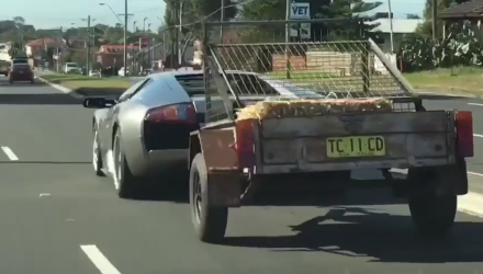 Video: Lamborghini Murcielago a useful tow vehicle, it seems