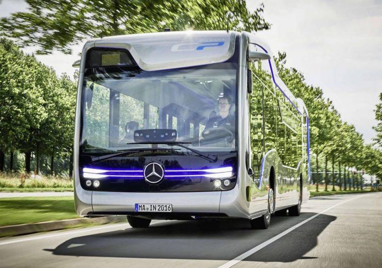 Mercedes-Benz Future Bus-driving