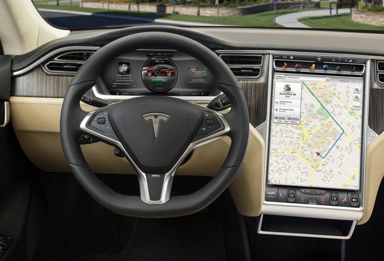 Tesla Model S-interface