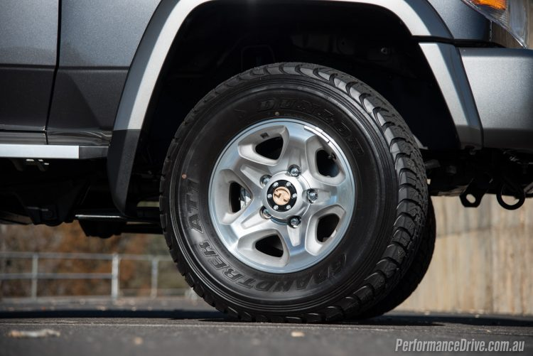 2016 Toyota LandCruiser 70-16in wheels