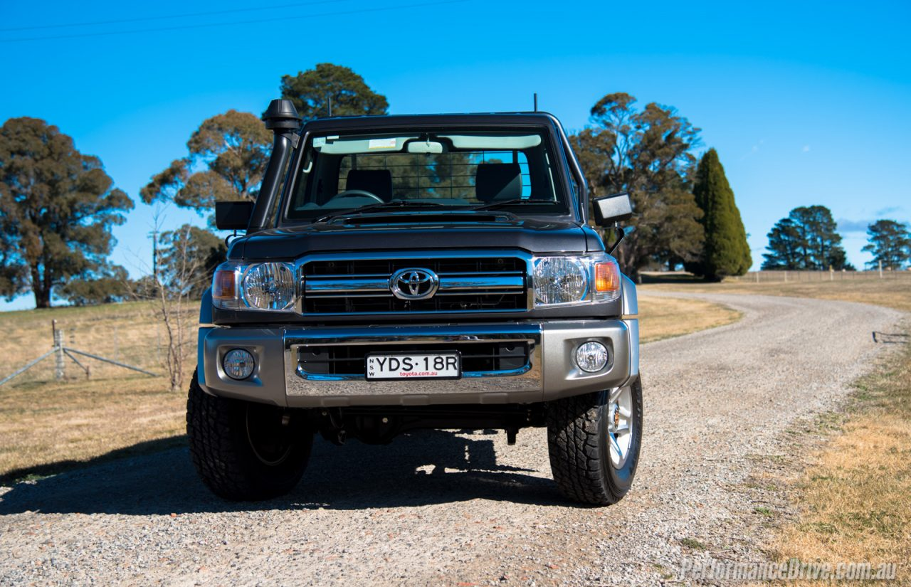 2016 toyota landcruiser 70 ute review video performancedrive. Black Bedroom Furniture Sets. Home Design Ideas