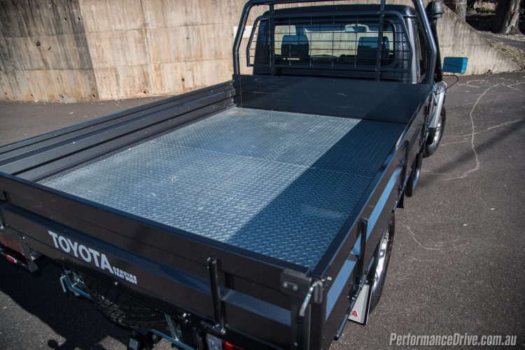 2016 Toyota LandCruiser 70-tray