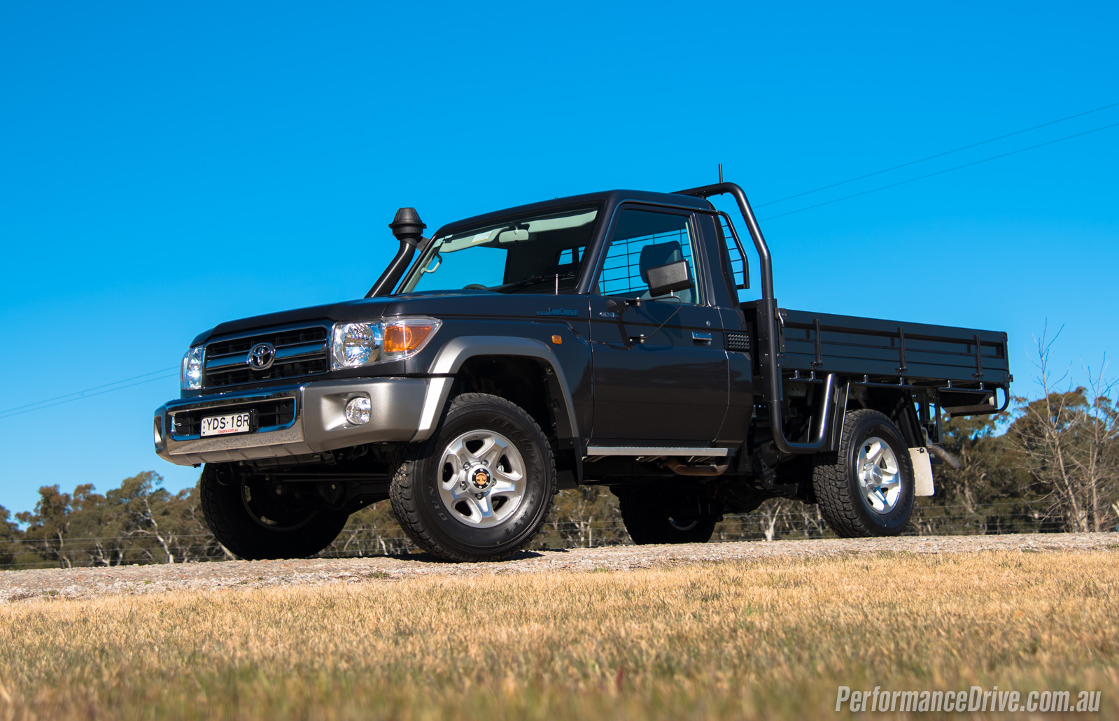 Landcruiser 70 series v8 diesel / Escape plan watch online