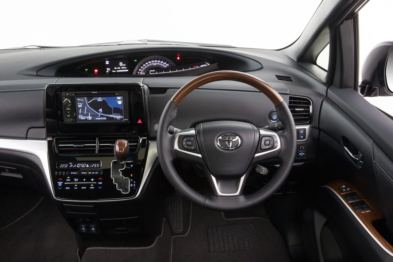 2016 Toyota Tarago on sale in Australia from $45,490 ...
