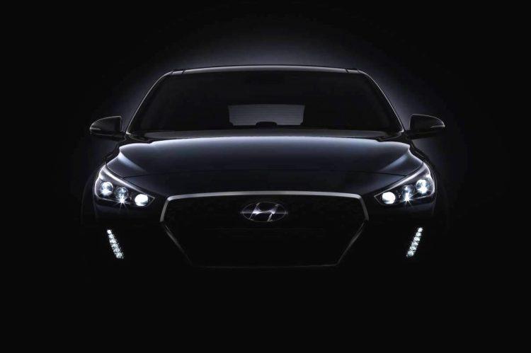 2017 Hyundai i30 teaser-front