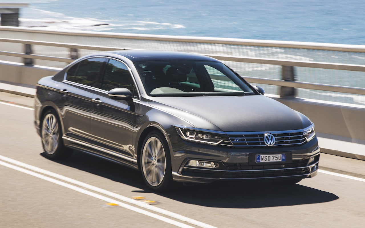 vw passat 206tsi r line on sale in australia in november performancedrive. Black Bedroom Furniture Sets. Home Design Ideas