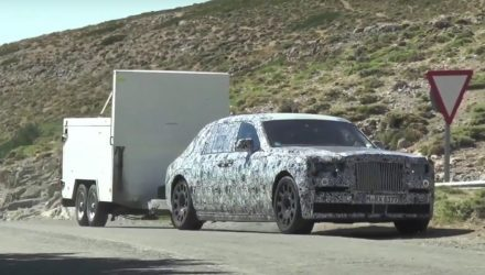 Next-gen Rolls-Royce Phantom spotted, towing in Spain (video)