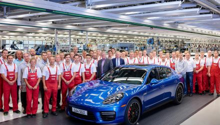 Final first-gen Porsche Panamera rolls off production line