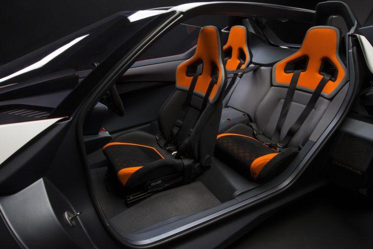 Nissan BladeGlider-seats