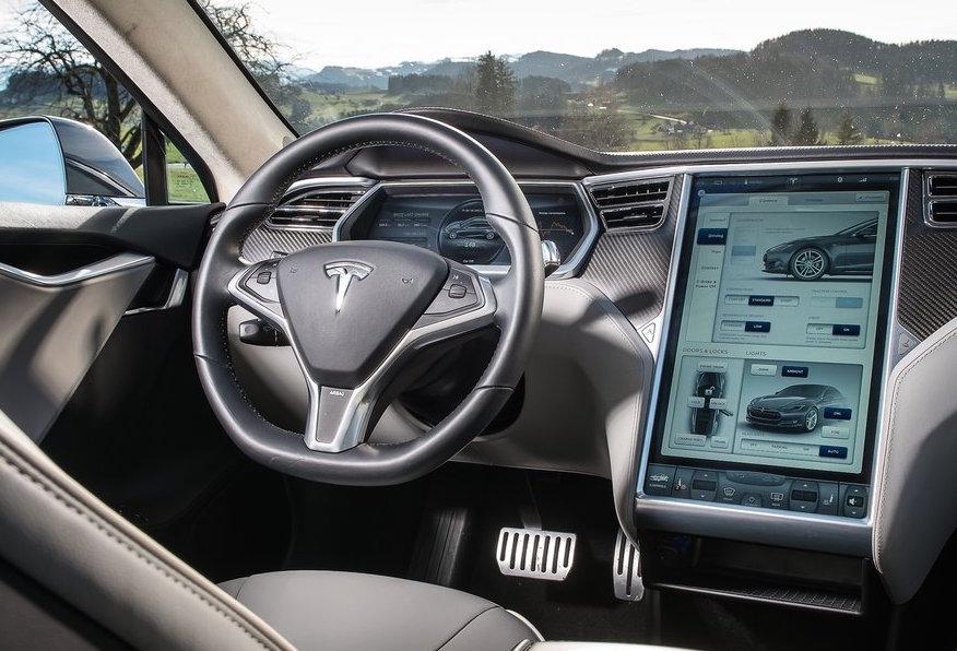 Tesla Autopilot 2.0 update coming with 3 cameras - report