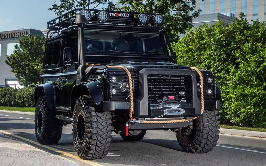 007 Inspired Land Rover Defender Is One Tough Machine