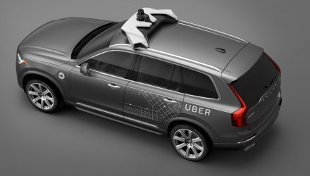 Volvo teams up with Uber to develop driverless cars