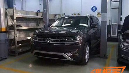 Volkswagen Teramont large SUV spotted in China