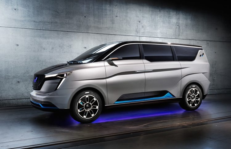 W Motors ICONIQ Seven-side