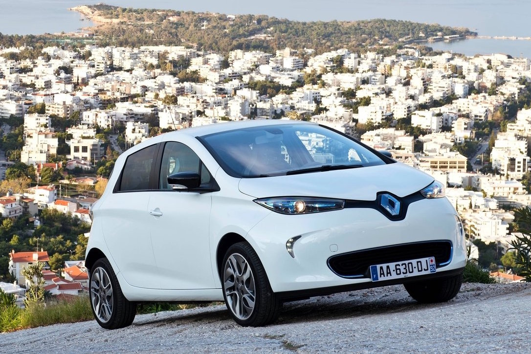 updated renault zoe ev to debut at paris show with 350km range performancedrive. Black Bedroom Furniture Sets. Home Design Ideas