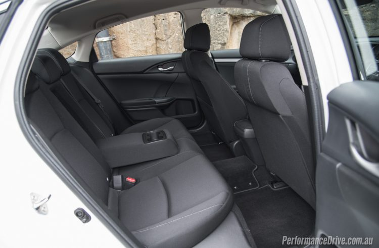 2016-honda-civic-vti-s-rear-seats