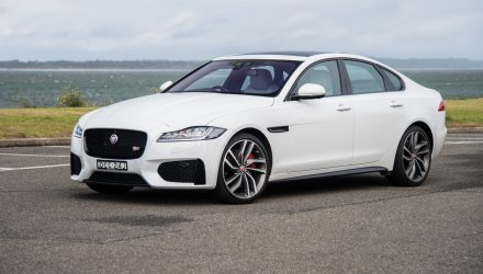 2016 Jaguar XF S 35t review (video)