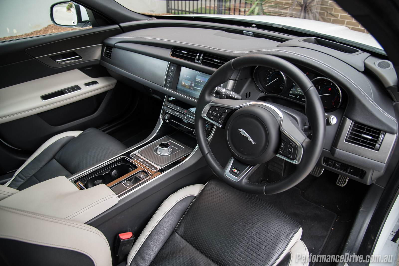 jaguar xf interior back seats