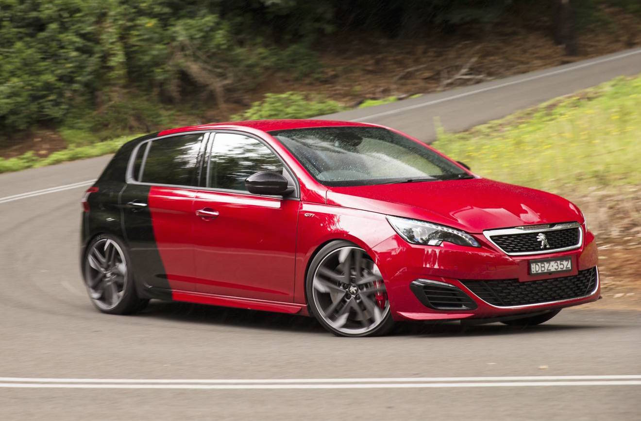 2016 peugeot 308 gti 270 review video performancedrive. Black Bedroom Furniture Sets. Home Design Ideas