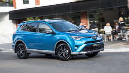 2016 Toyota RAV4 updates announced, added safety tech