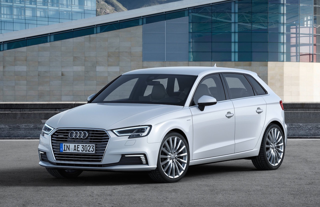 2017 audi a3 e tron debuts in the us gets technology boost performancedrive. Black Bedroom Furniture Sets. Home Design Ideas