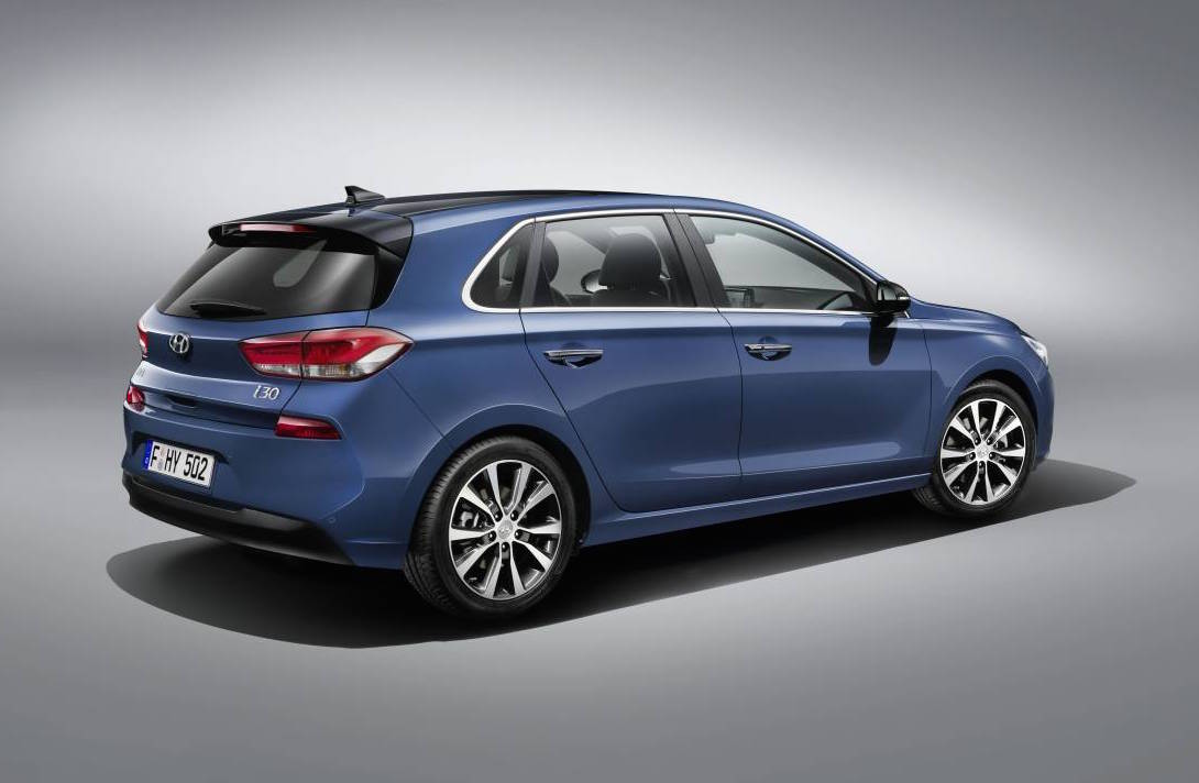 2017 hyundai i30 gets fresh design new 1 4t engine. Black Bedroom Furniture Sets. Home Design Ideas