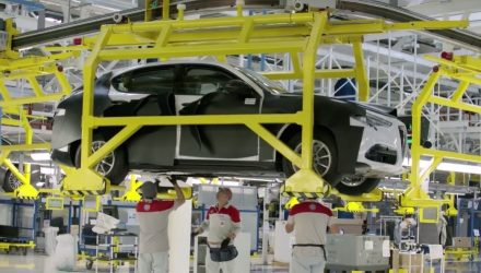 Alfa Romeo Stelvio partially revealed in factory video