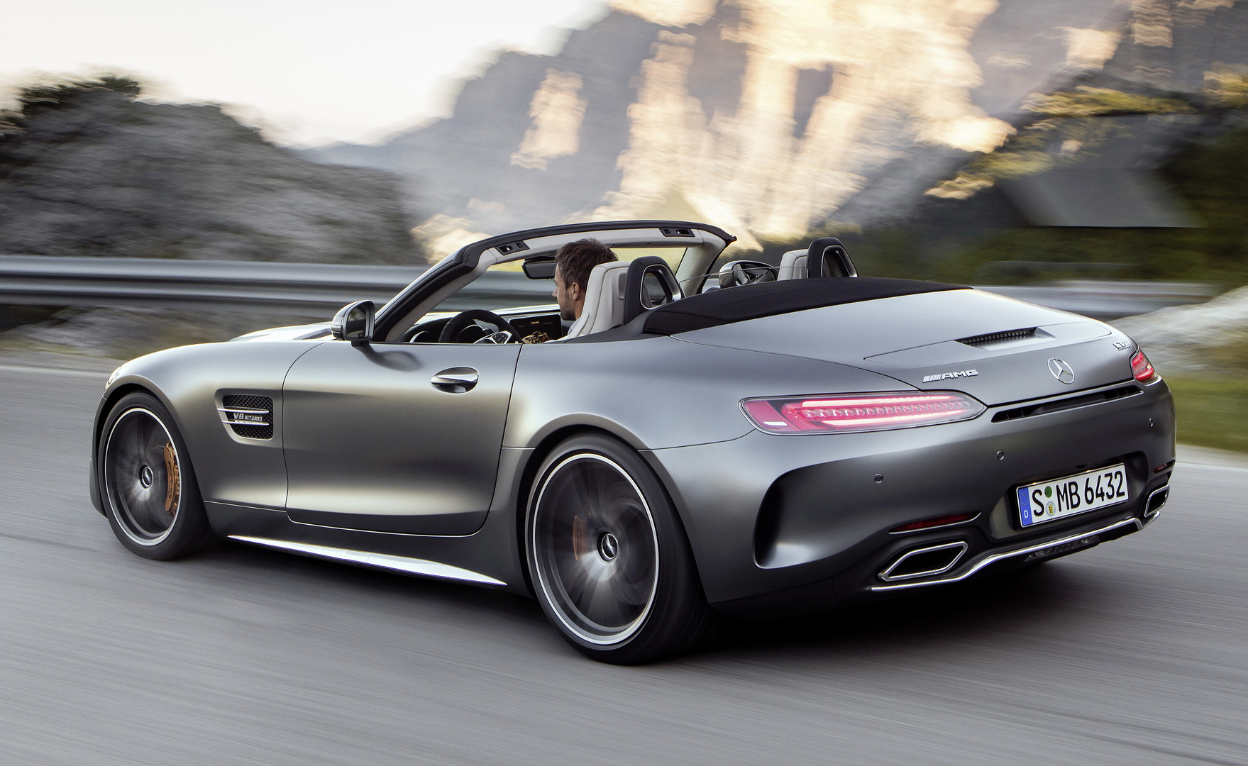 Mercedes Amg Gt C Roadster Revealed As New Drop Top Sports
