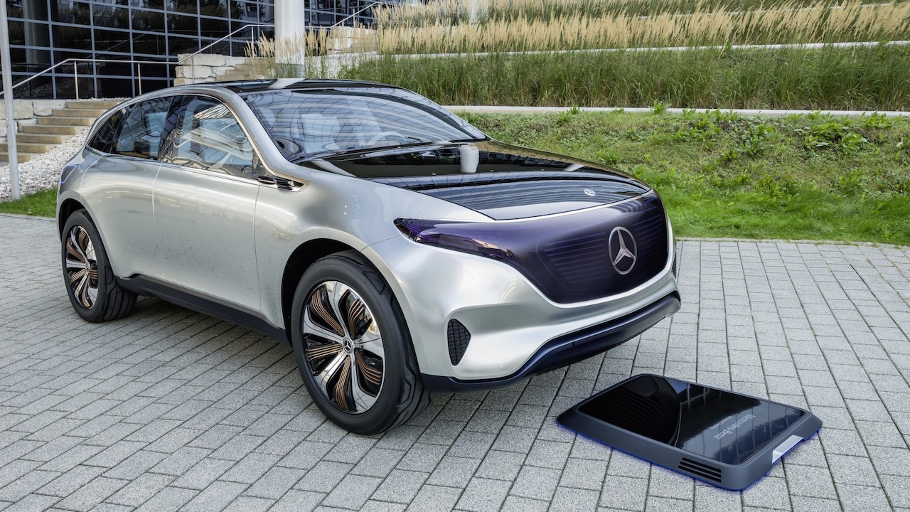 lexus vs range rover with Mercedes Generation Eq Bows Paris Motor Show 2922 on New 2019 Audi A6 Looks The Same Better Car further Cayenne S E Hybrid 2014 as well Top 10 Chinese Rip Off Cars Vs Their Original Designs likewise Watch additionally Manual Or Automatic Gearbox Which Is Best.