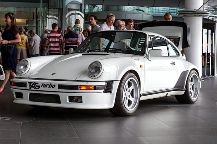 Porsche 911 930 TAG F1