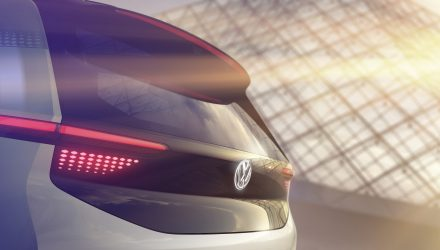 Volkswagen confirms EV concept for Paris, teasers included