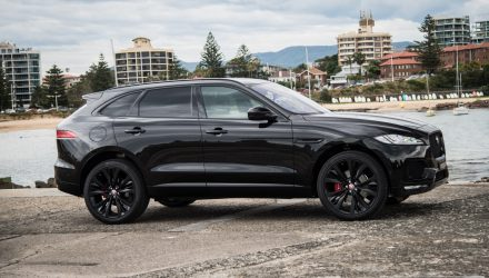 2016 Jaguar F-PACE S 35t review (video)