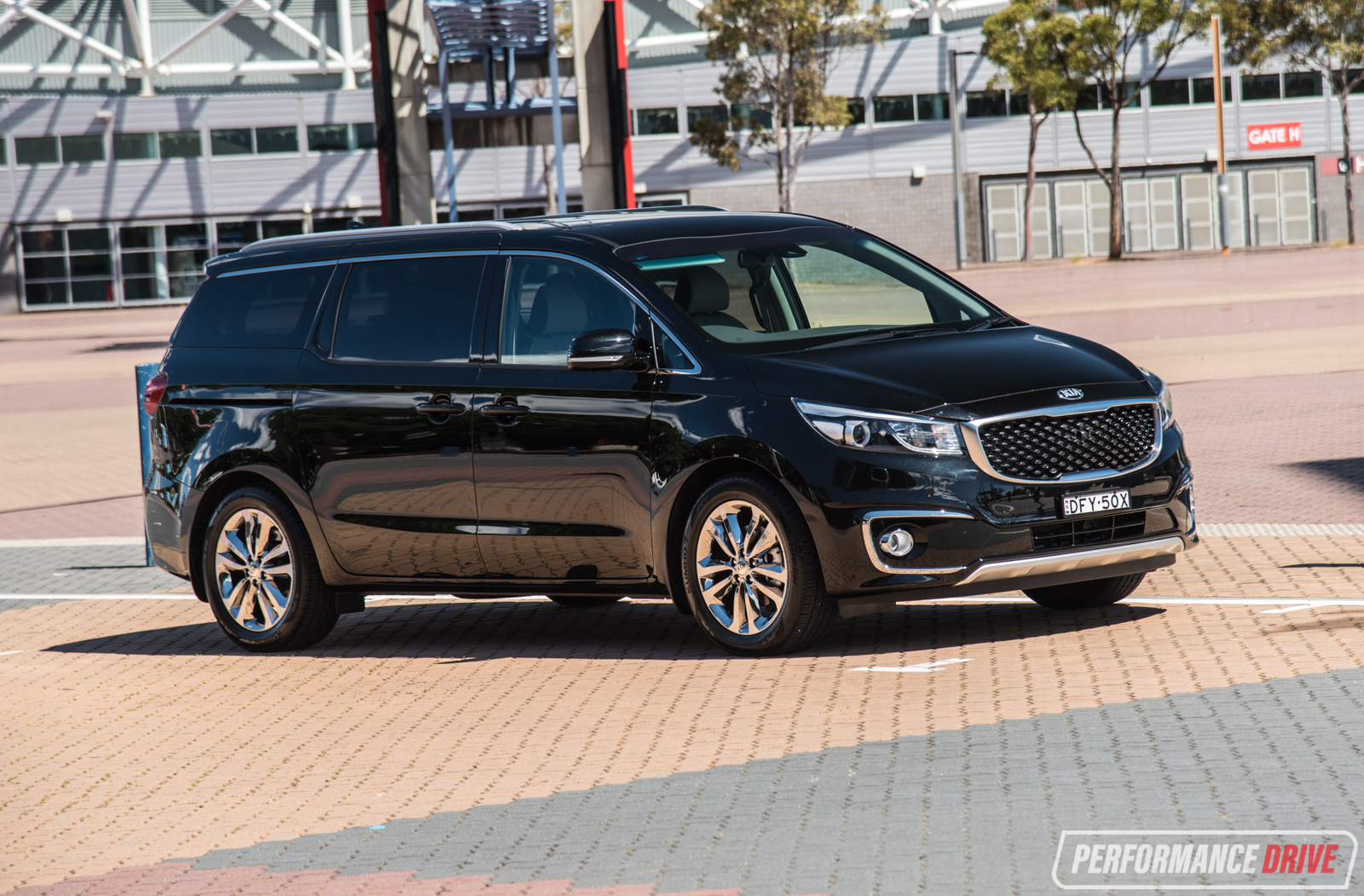 2016 Kia Carnival Platinum V6 Review Video