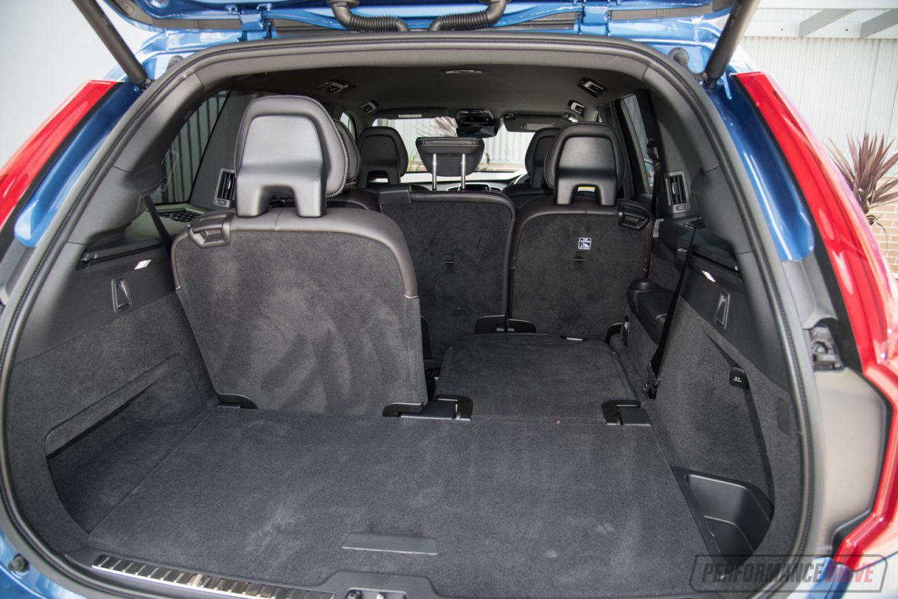 2016 volvo xc90 t6 r design polestar review video. Black Bedroom Furniture Sets. Home Design Ideas
